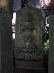 34.八坂神社の庚申塔〜〜'08.08.22写す.jpg